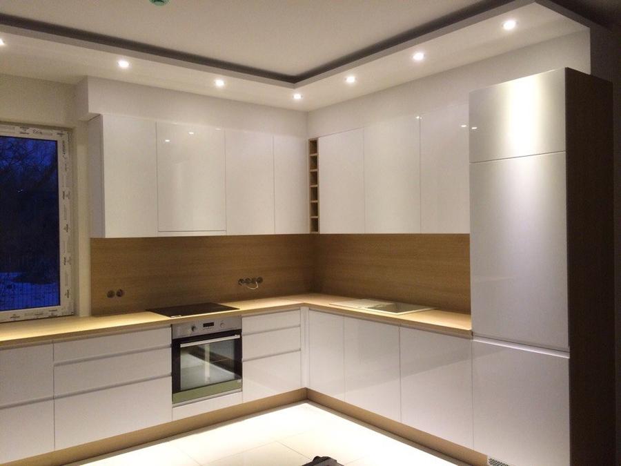 Белый кухонный гарнитур-Кухня МДФ в эмали «Модель 455»-фото1