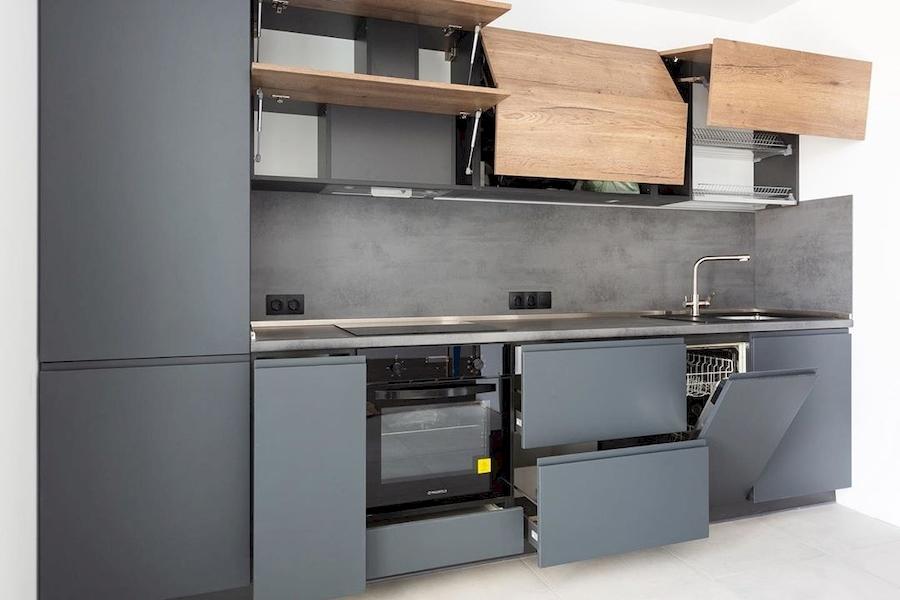 Встроенная кухня-Кухня МДФ в эмали «Модель 585»-фото2