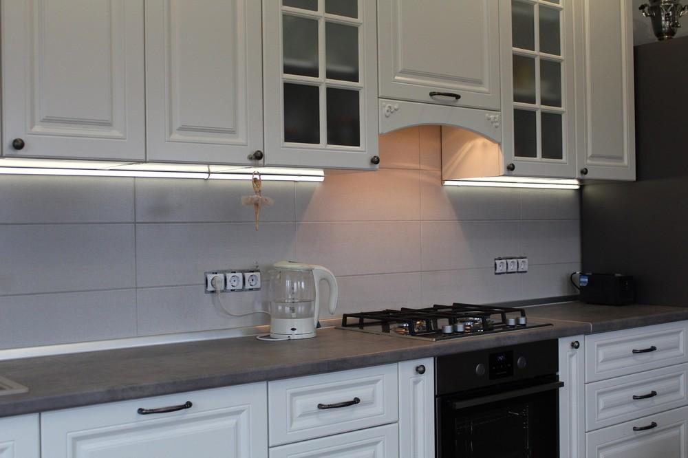 Белый кухонный гарнитур-Кухня МДФ в эмали «Модель 190»-фото5