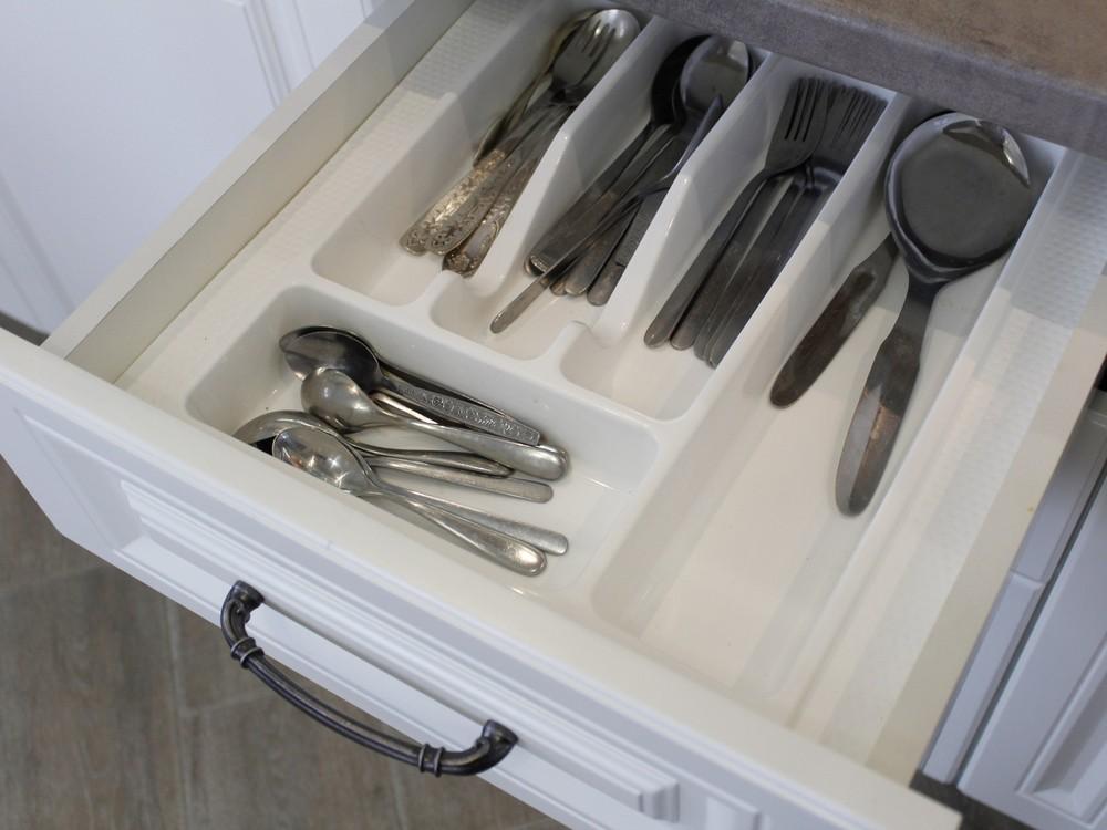 Белый кухонный гарнитур-Кухня МДФ в эмали «Модель 190»-фото7
